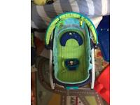 Bright starts lagoon 2 in 1 bouncer/rocker (in excellent condition)