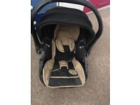Baby kiddy car seat beige and black in perfect condition from birth