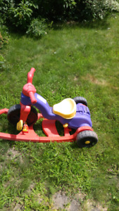 Tricycle Fisher Price 3 dans 1
