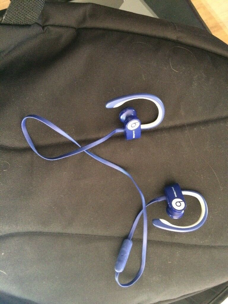 Powerbeats 2 wireless blue very good condition