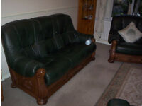 Leather 3 piece suit, 3 seater settee, reclining chair.