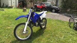 2001 Yamaha yz125! Trade for 250