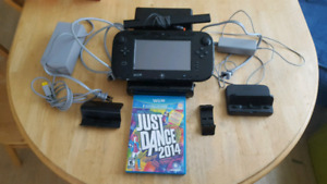 32gb Wii u with 4 games