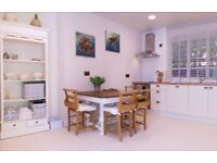 Ground floor, private studio apartment with own entrance - holiday let - available for airshow!