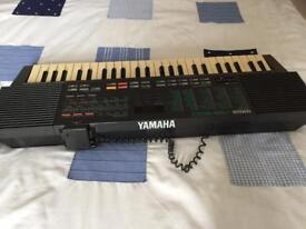 Rare 80s Yamaha vss200 sampling synth voice mic good condition as used by top bands !!!