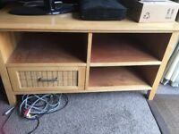 TV stand with one drawer