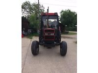 Case 885 XL Super Two Tractor