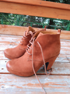 Geox shoes, size 5