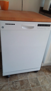 GE Portable Dishwasher w/Stainless Steel Interior