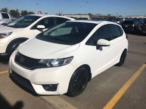 2015 Honda EX Hatchback mint condition in and out