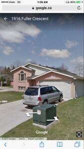 House for rent (south Windsor)