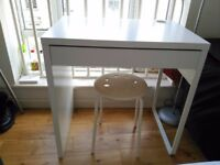 IKEA DESK PERFECT CONDITION - LESS THAN 6 MONTHS OLD