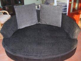 Cuddler Sofa - Excellent condidition