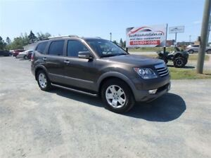 2010 Kia Borrego EX-V8 Luxury 4X4! CERTIFIED!