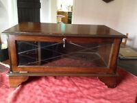 Vintage style TV CABINET with inside storage