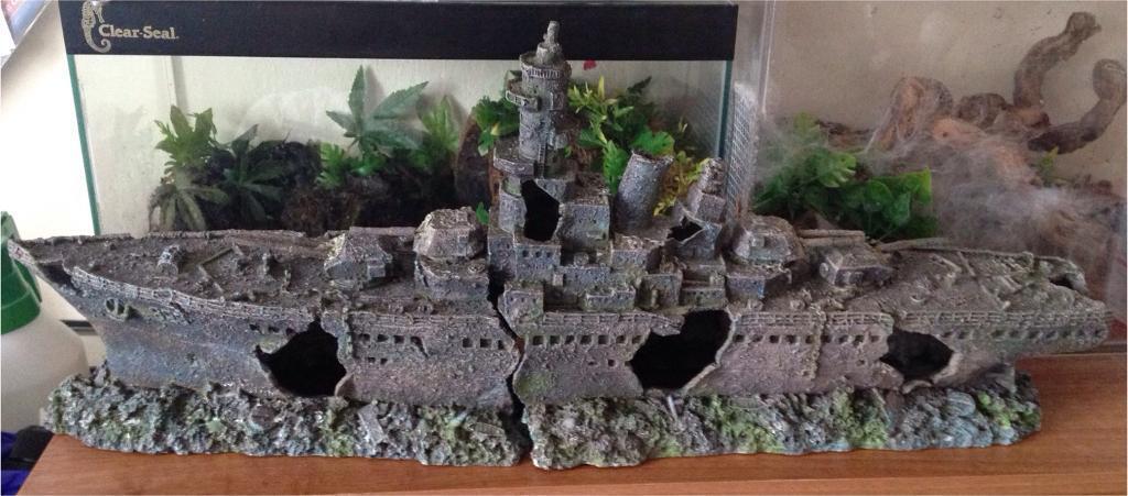 War shipwreck large ornamental