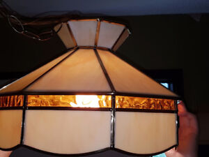 Stained glass fixture