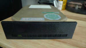 Seagate ST-238R 5.25 HH RLL 32MB hard drive Vintage .