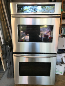 Thermador Masterpiece Double Electric Wall Oven