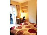 beautiful double with access to the garden, Braintree, Bethnal green, bills included