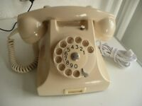 GORGEOUS IVORY BAKELITE TELEPHONE FULLY WORKING IN NEAR MINT COND