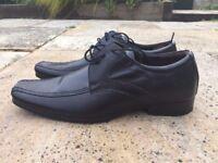 IKON Akford Lace Size 9 men's shoes