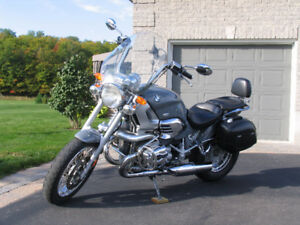 Motorcycle: 2001 Grey/Silver BMW 1200C