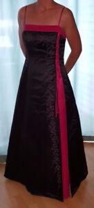 Robe de bal ou de soirée Rebecca, noire & rose fuchsia, en satin
