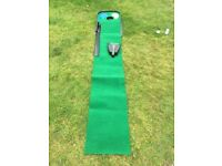 Golf putt Mat and auto returner