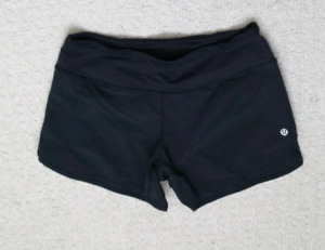 Lululemon Athletica size 4 womens short
