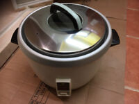 Rice rice cooker 2.8L l 15 cup high capacity brand new boxed