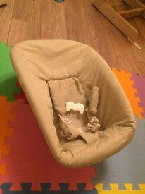 Tripp trapp newborn seat with spare cover
