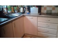 30 Kitchen Doors various sizes, 4 drawer fronts and laminated worktop (aporox 12ft +)
