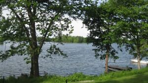 Last minute 2 bdr waterfront cottage near Kingston $65 a night