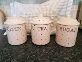 Cream dotty coffee, sugar, tea jars