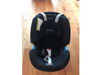FREE Great condition, up to 12kg baby, rear facing car seat