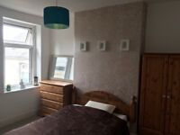 Newly decorated double room avail for short term let - Grangetown, Cardiff