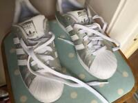 Ladies 🇬🇧 size 5 silver adidas Superstar trainers