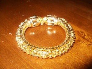 ONE GOLD PLATED BRACELETS