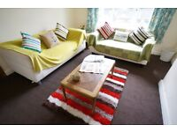 Dean Street is a well built house with communal spaces. The 4 Double bedrooms and 1 Single bedroom