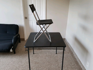 Card table and chairs (4)