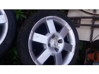Ford street ka alloys with 1 new tyre