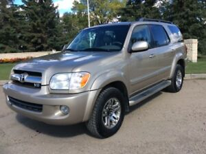2005 Toyota Sequoia, LIMITED, AUTO, AWD, LEATHER, ROOF, $8,500