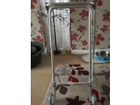 Zimmer frame with wheels