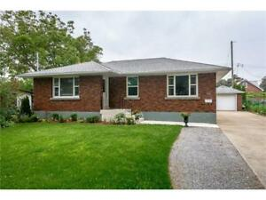 ***Spectacular 5 bdm home available for rent, St. Catharines!***