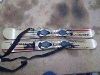 Pair of Salomon SB9 Snowblades