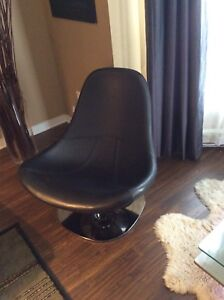 Armless Leather Swivel Chair
