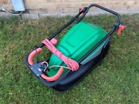 SPOTLESS AS NEW QUALCAST 1600W HOVER LAWNMOWER / LAWN MOWER