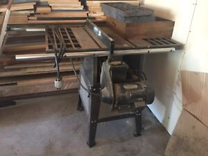 "Tradesmaster 8"" tablesaw. Great working condition"