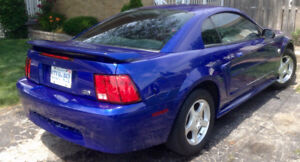 2004 Ford Mustang 40 YEAR ANNIVERSARY Coupe (2 door)